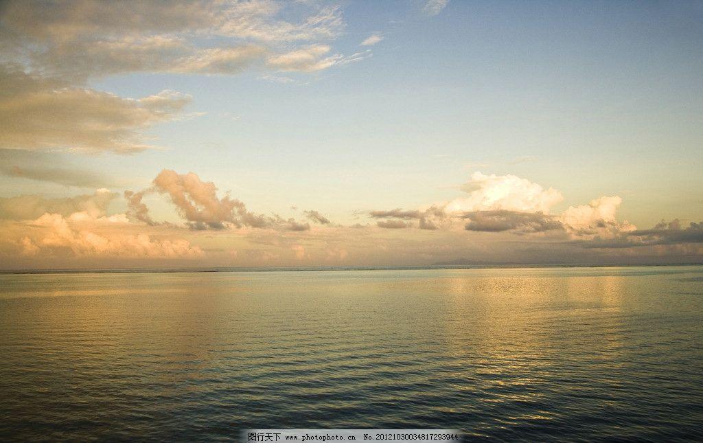 天空 大海 云彩 海边 暖色调 自然风景 自然景观 摄影 300dpi jpg