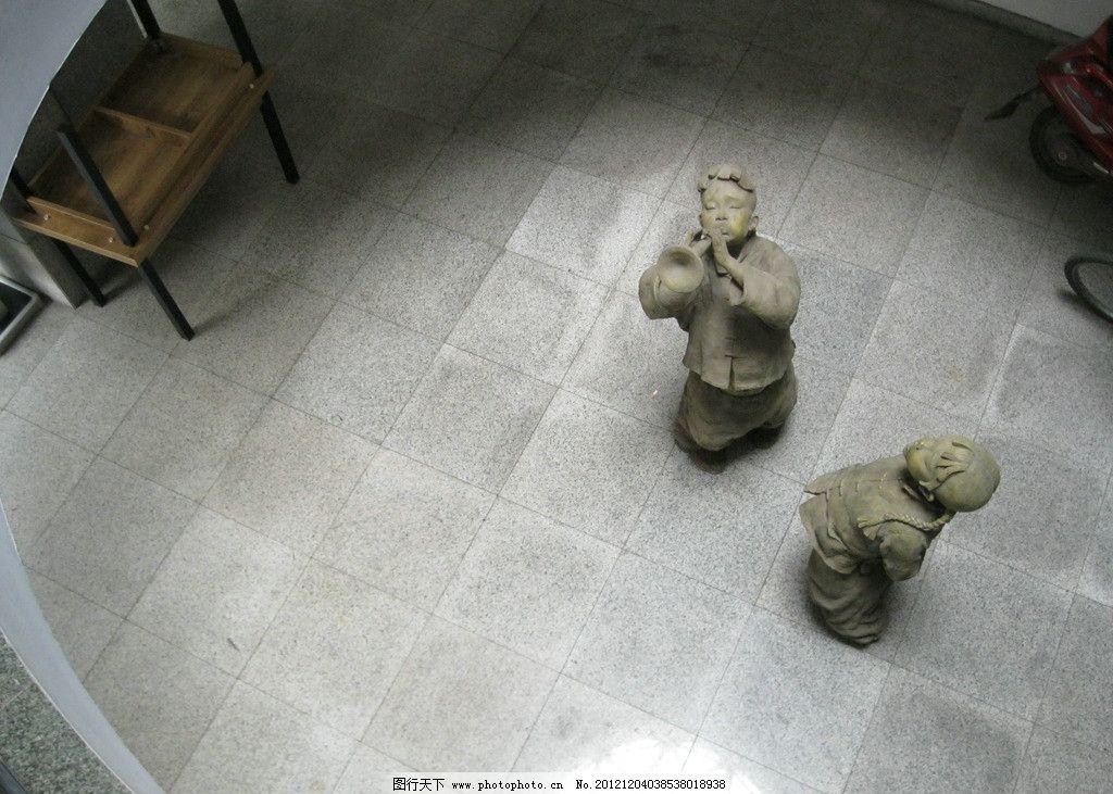 人物雕塑 雕塑 石头人 传统文化 文化艺术 摄影 180dpi jpg