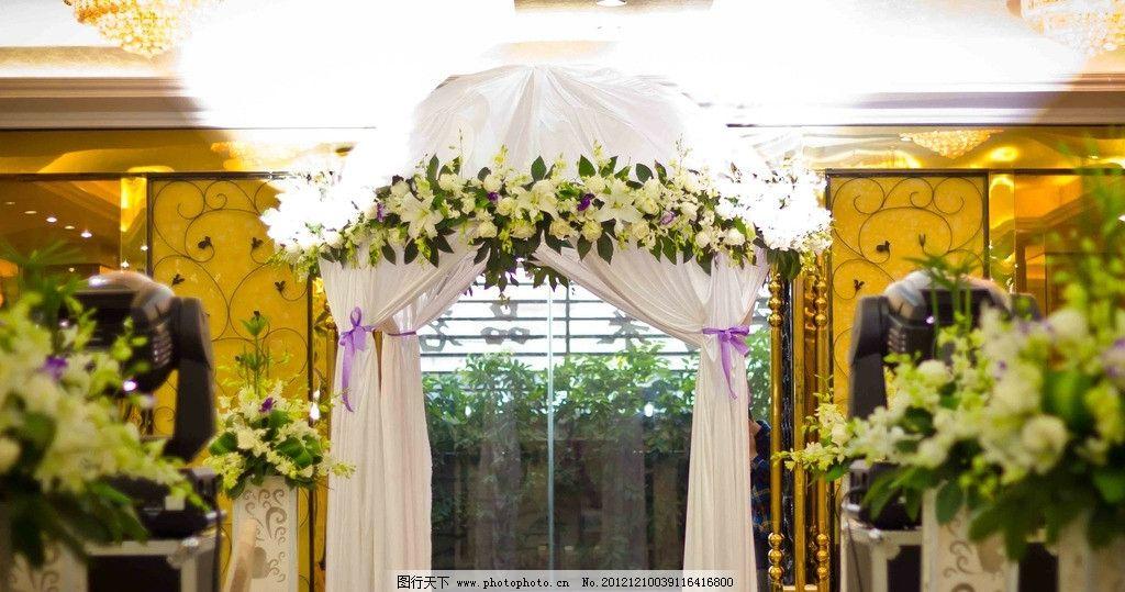 浪漫花亭 西式婚礼 蜡烛 白绿色系 鲜花 花亭 路引 通道 背景 水晶t台