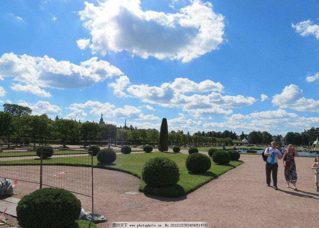 蓝天白云 蓝天 白云 湖水 太阳 树木 人物 国外旅游 旅游摄影 摄影
